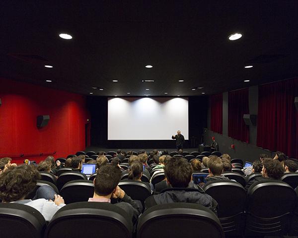 Salle de projection - capacité 120 places