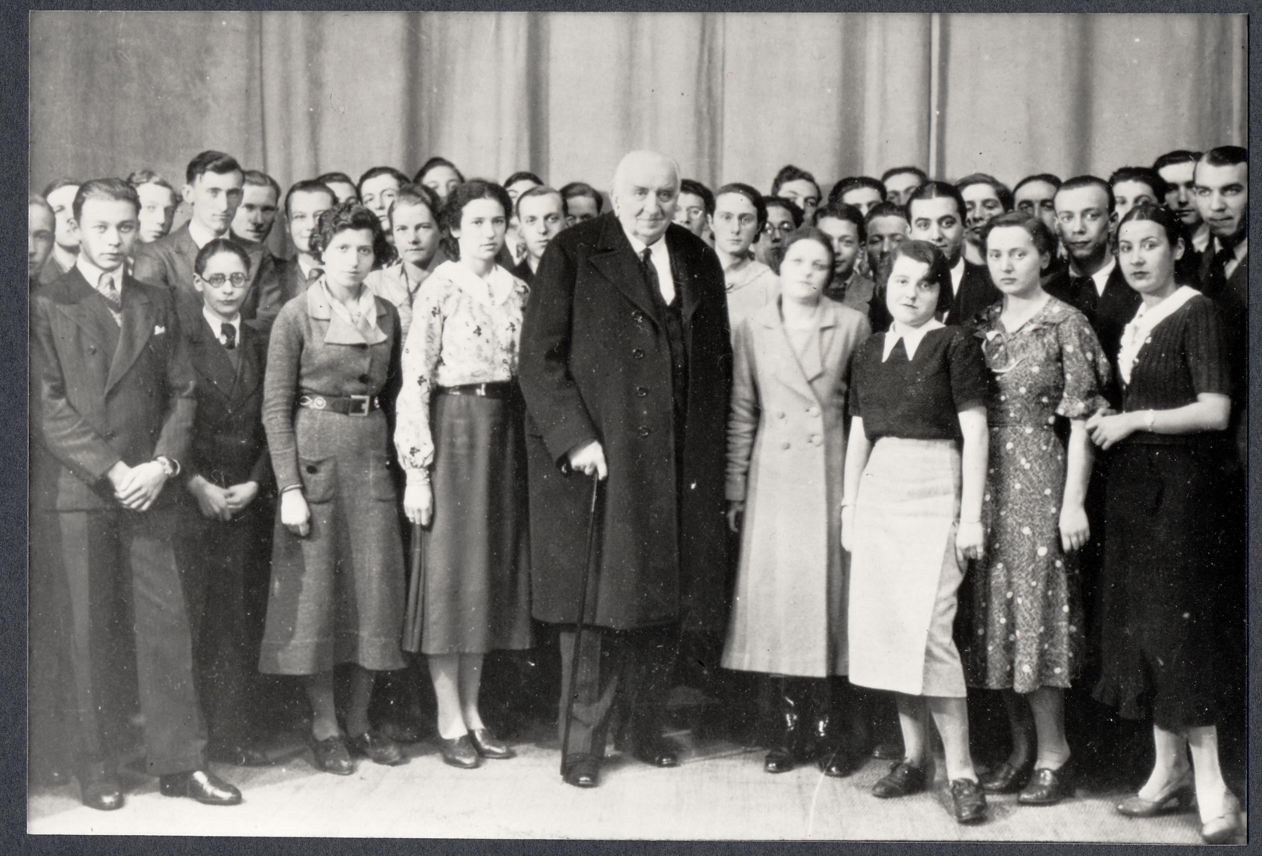 Louis Lumière et les étudiants