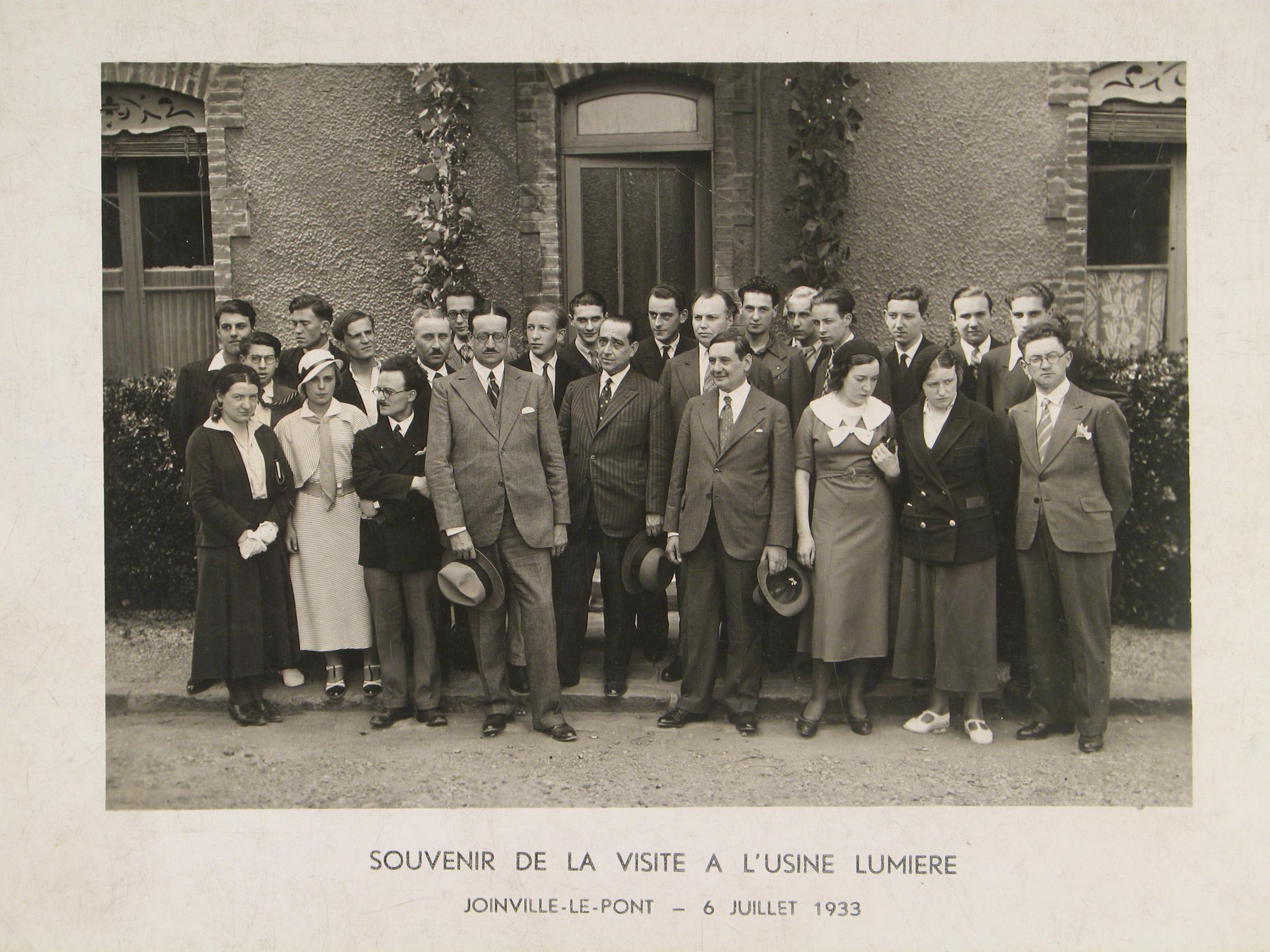 Visite de l'usine Lumière 1934